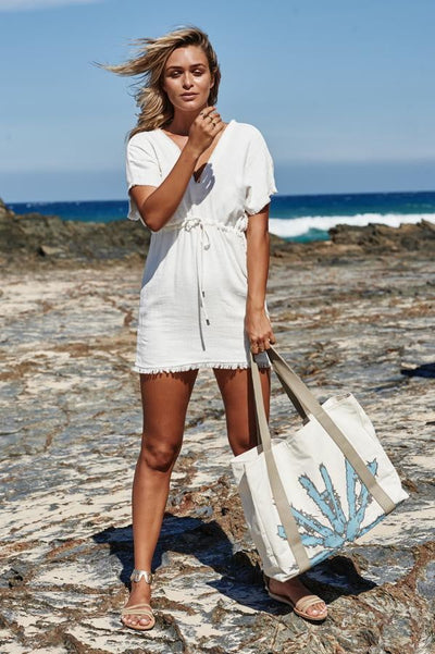 Akosée Beach Bag in Blue - Dimension Dream Seekers