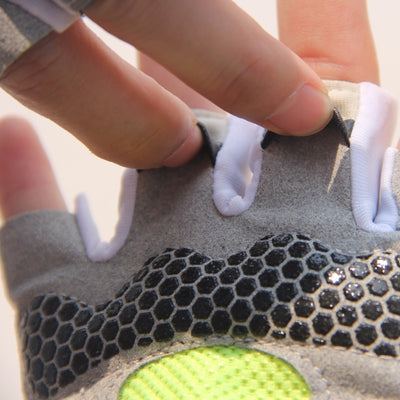 High-Performance Fitness Gloves
