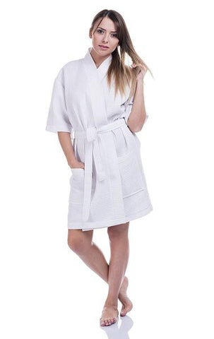 1bf84fd843 It is difficult to get more summery than this  the thigh-length waffle  kimono bathrobe for women