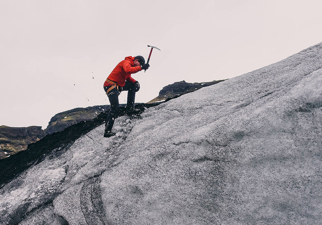 How to Chose an Ice Axe