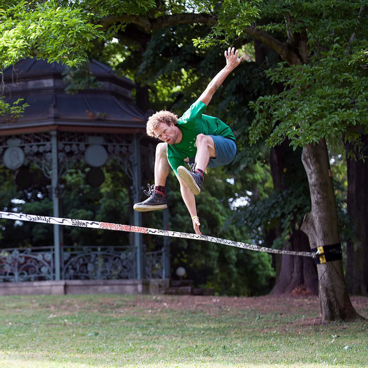 Gibbon Andy Lewis Trickline Signature Slackline Set In Use