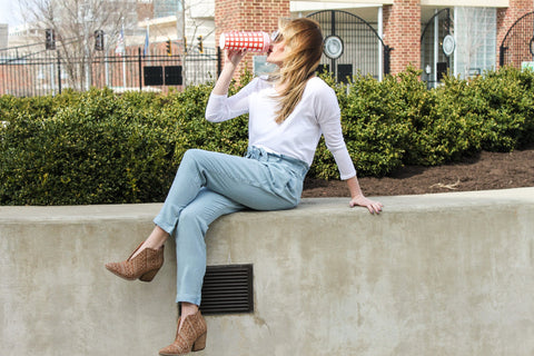 DREAM WEAVER CHAMBRAY BELTED PANTS
