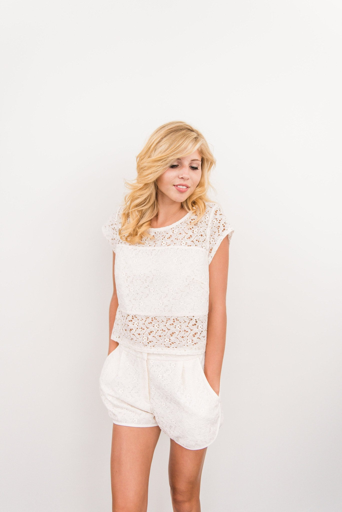 Lisa & Lucy: Lace Pleated Short