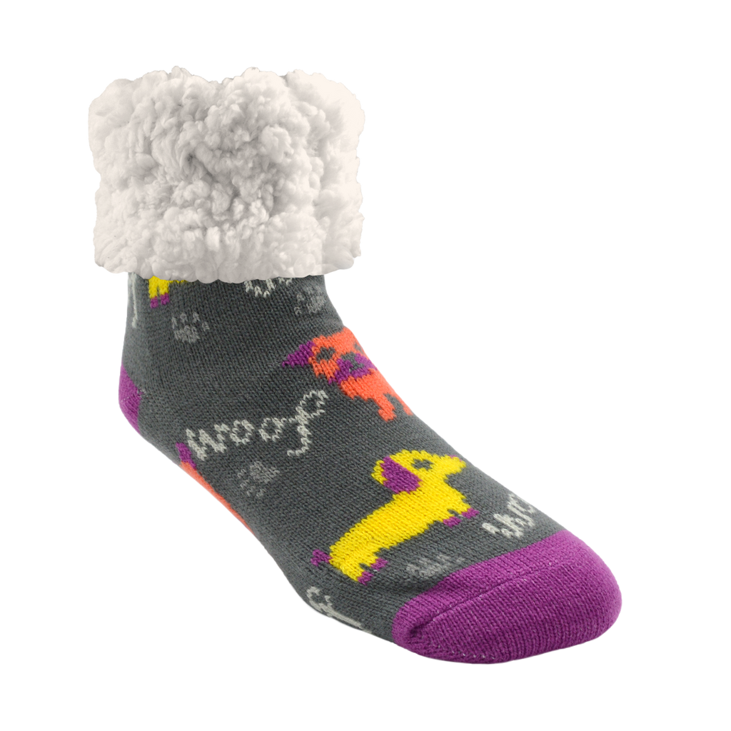 Pudus Cozy Winter Slipper Socks for Women and Men with Non-Slip Grippers and Faux Fur Sherpa Fleece - Adult Regular Fuzzy Socks Dog Woof - Classic Slipper Sock