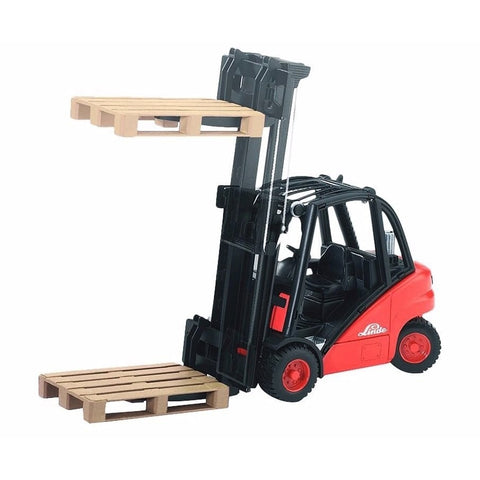 Forklift with 2 Pallets