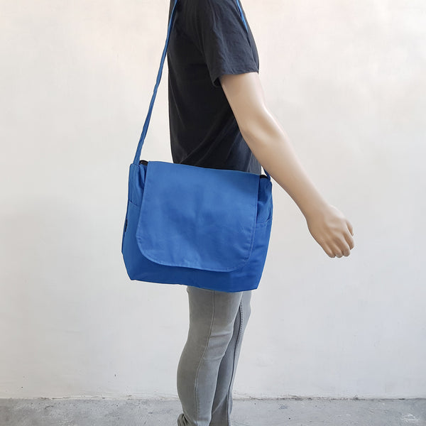 Canvas Messenger 009 - Royal Blue