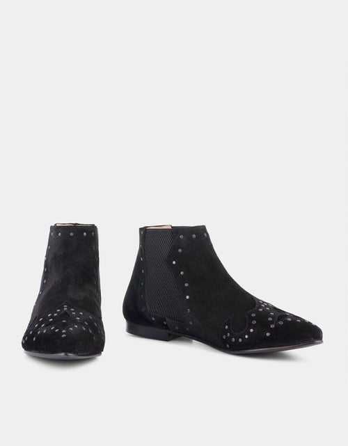 Dee Boot Black Stud