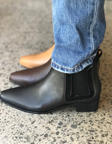 Endless Boot Black