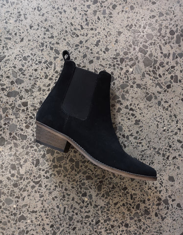 Stella Boot Black Black Sole