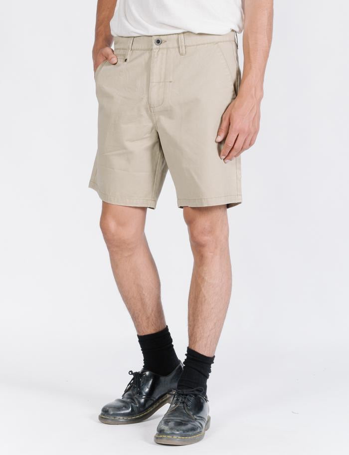 Base Chino Short
