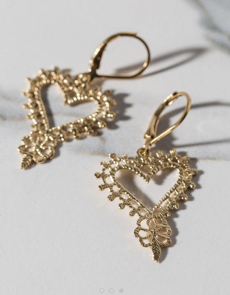 Gypsy Heart Earring Gold