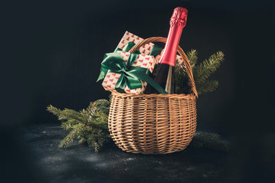 7 Ideas to Build Your Own Christmas Hamper