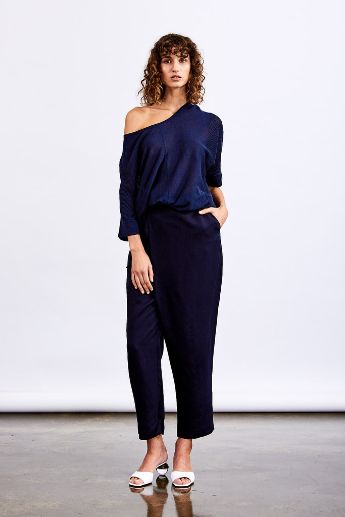 Monaco Curved Hem Knit Top (Navy)