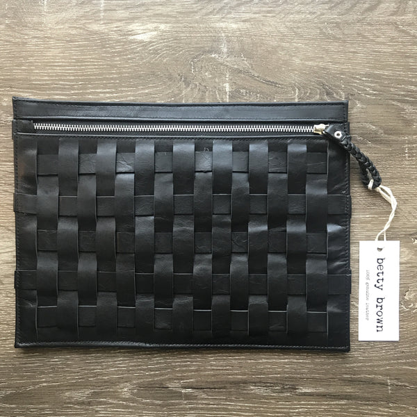 Anne Clutch Black