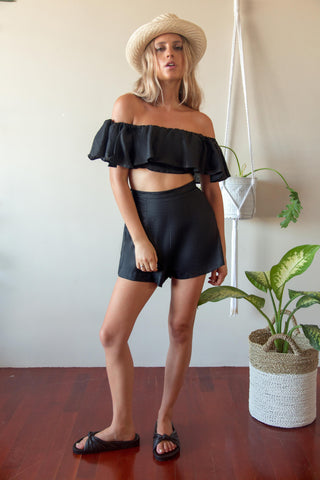 OFF THE SHOULDER RUFFLE BLACK LINEN