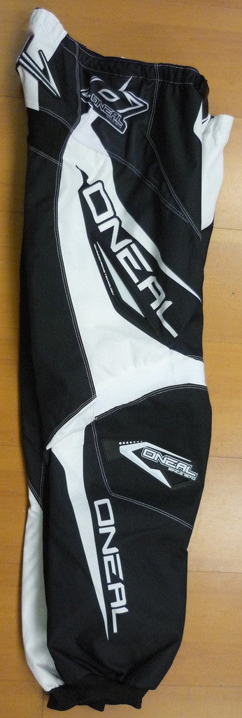 ONEAL 16 ELEMENT R/WEAR PANT BLACK/WHITE YOUTH 22 4/5T)