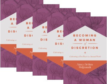 Becoming a Woman of Discretion Pk 10 (Booklet)