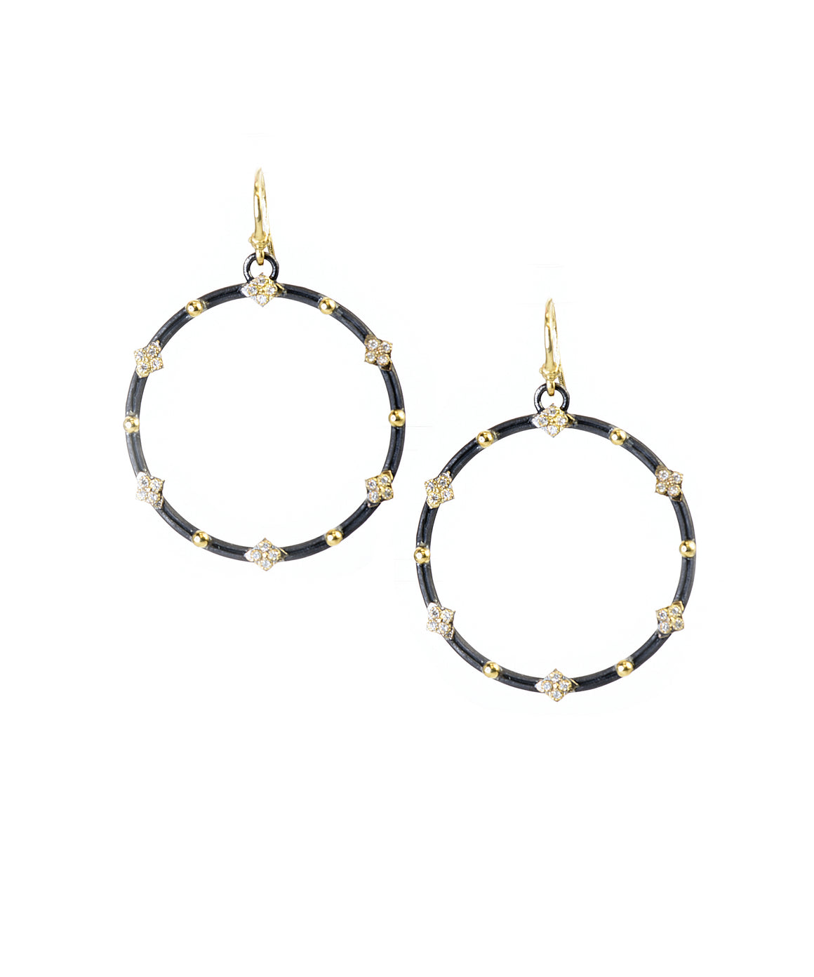 Open round crivelli earrings