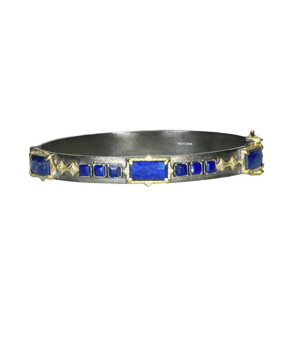 Hinged bracelet with lapis