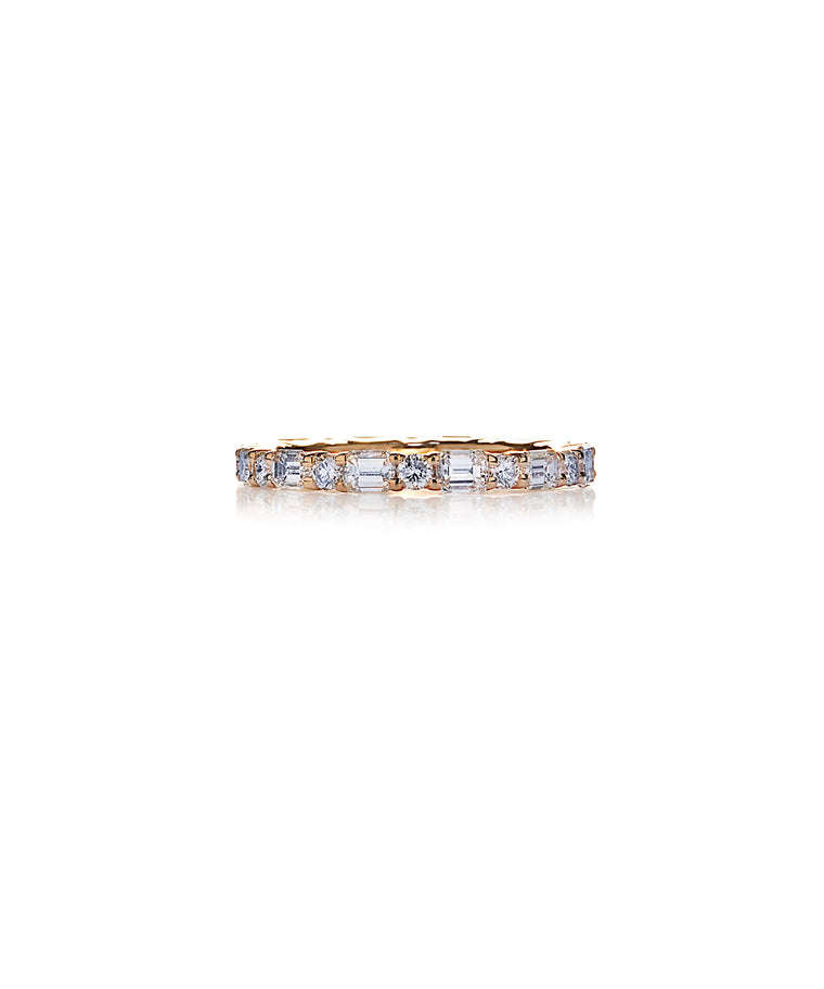 Eternity ring in rose gold