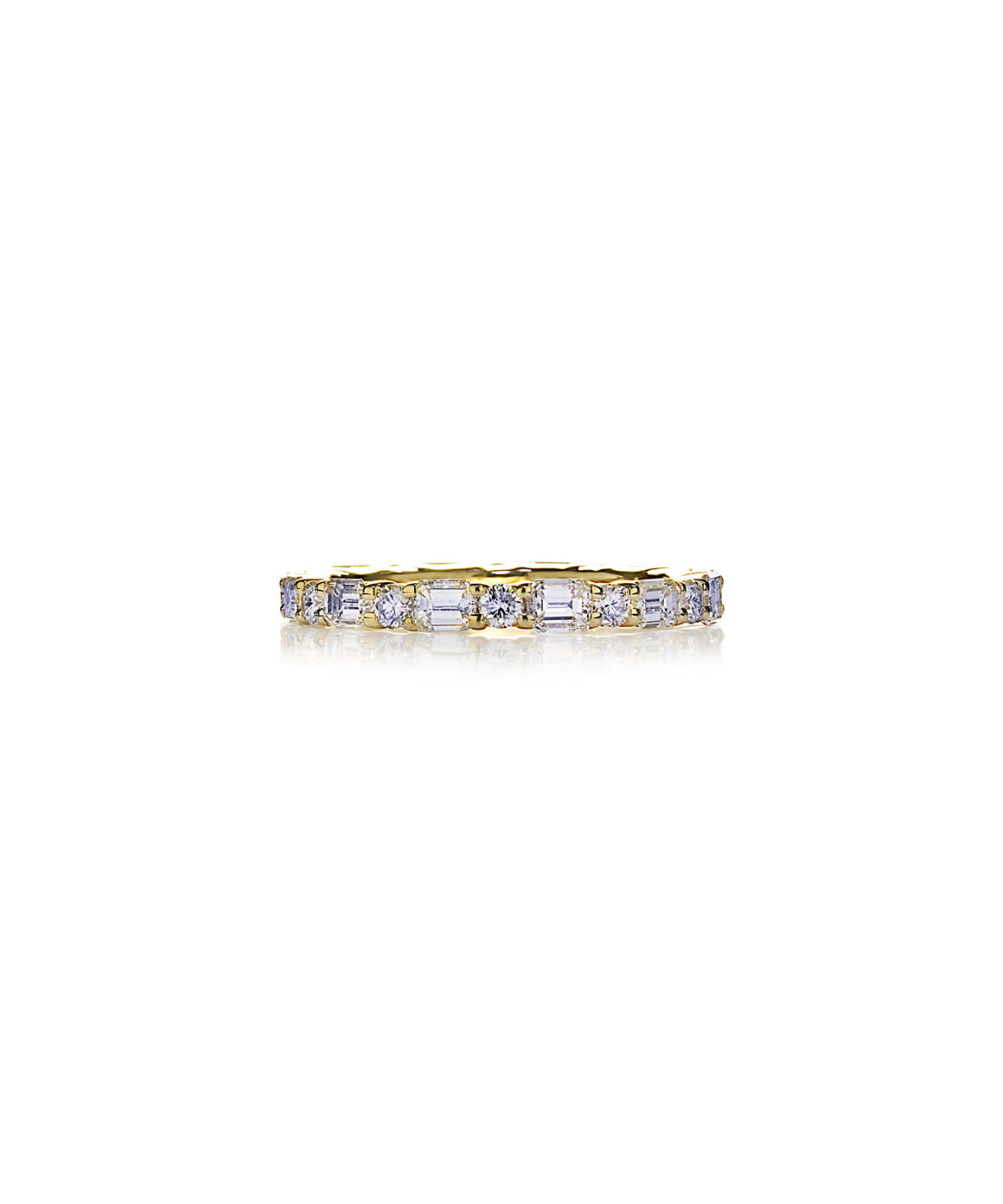 Eternity ring in yellow gold