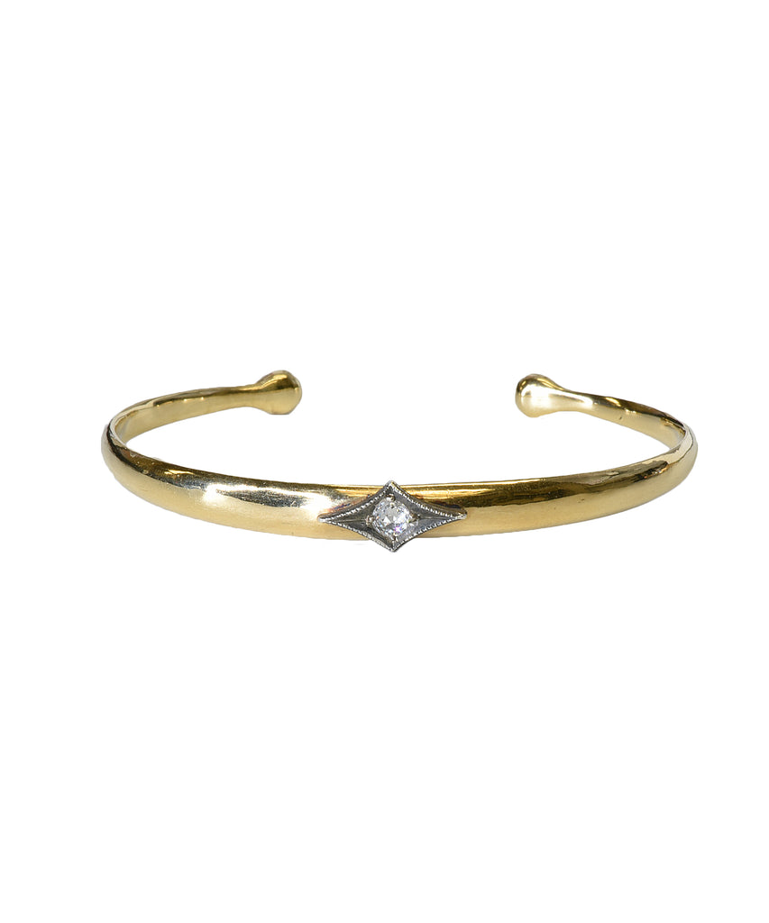 Polished cuff bracelet with diamond