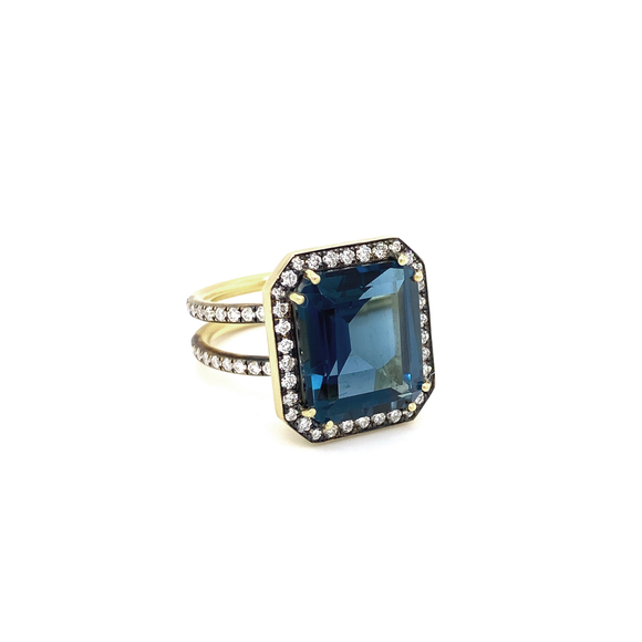 Blue Topaz Ring - Lesley Ann Jewels