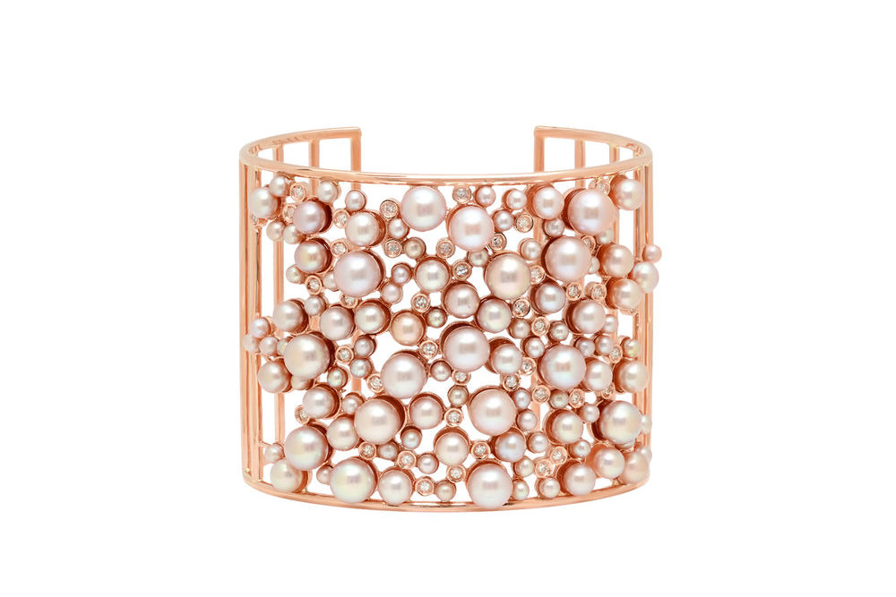 Cage cuff in rose gold with pink pearls