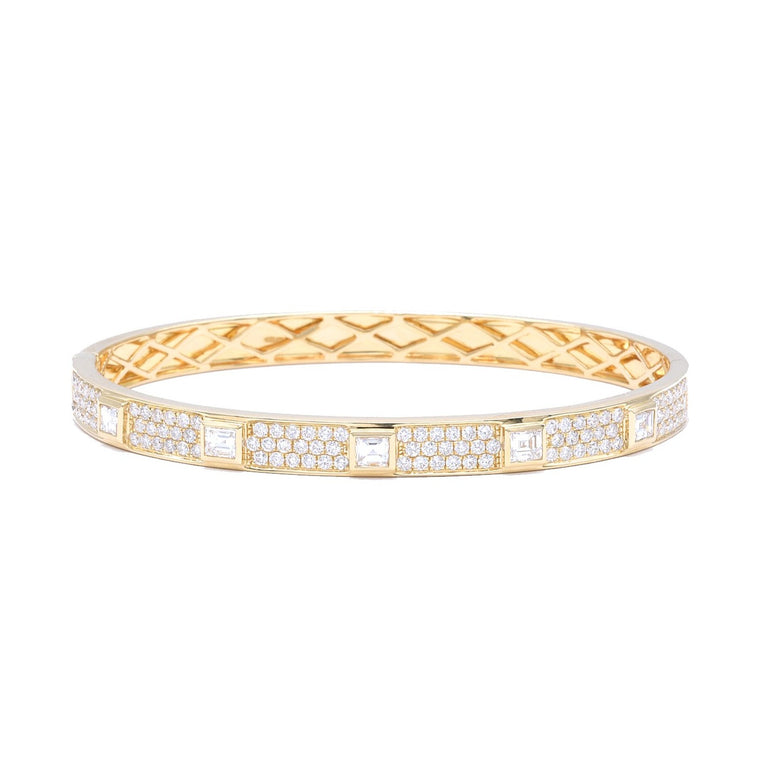 Bangle Bracelet with Asscher Cut Diamonds
