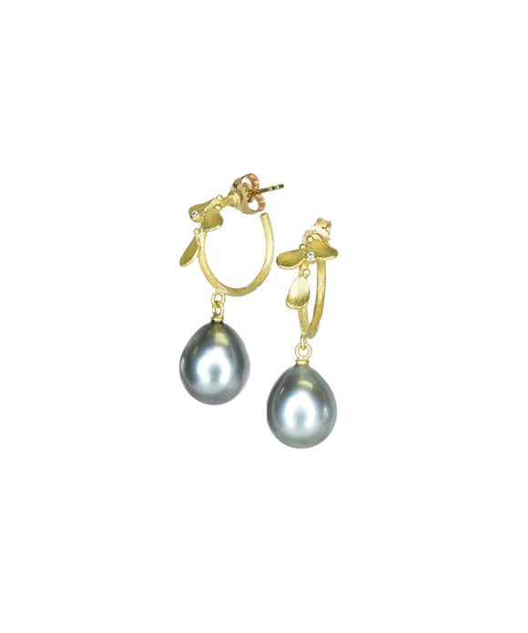 Leafy hoop earrings with pearls