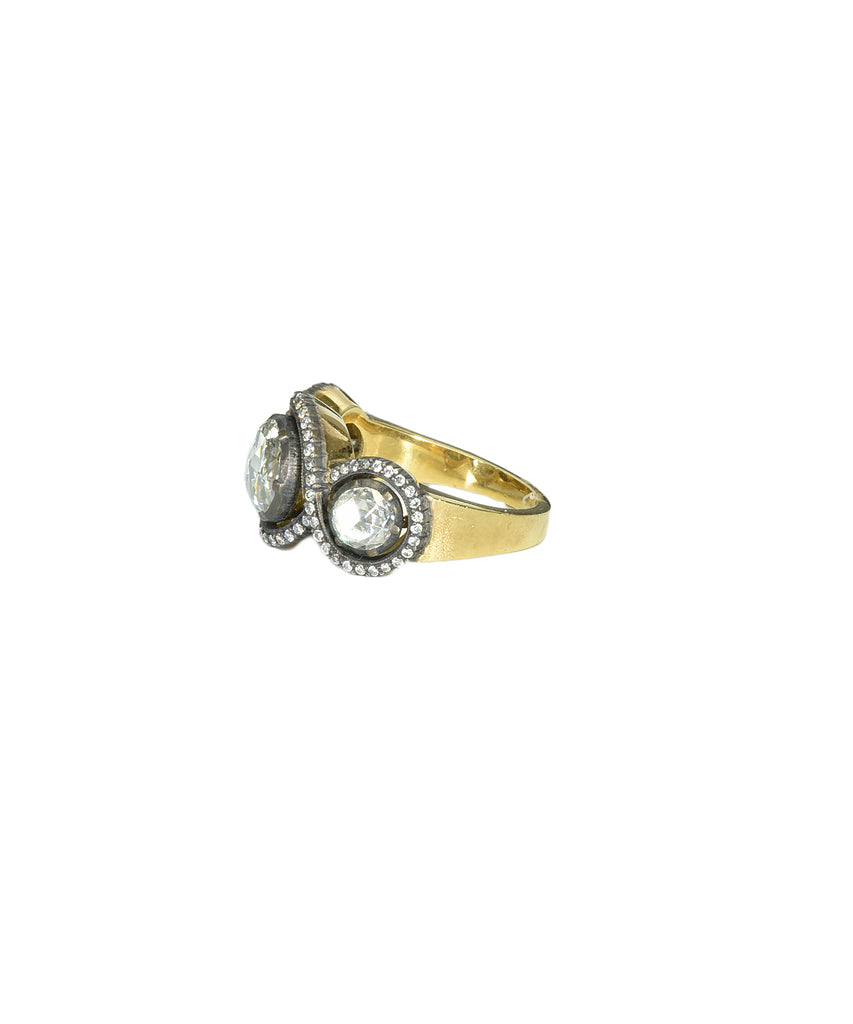 Rose-cut diamond 3-stone ring