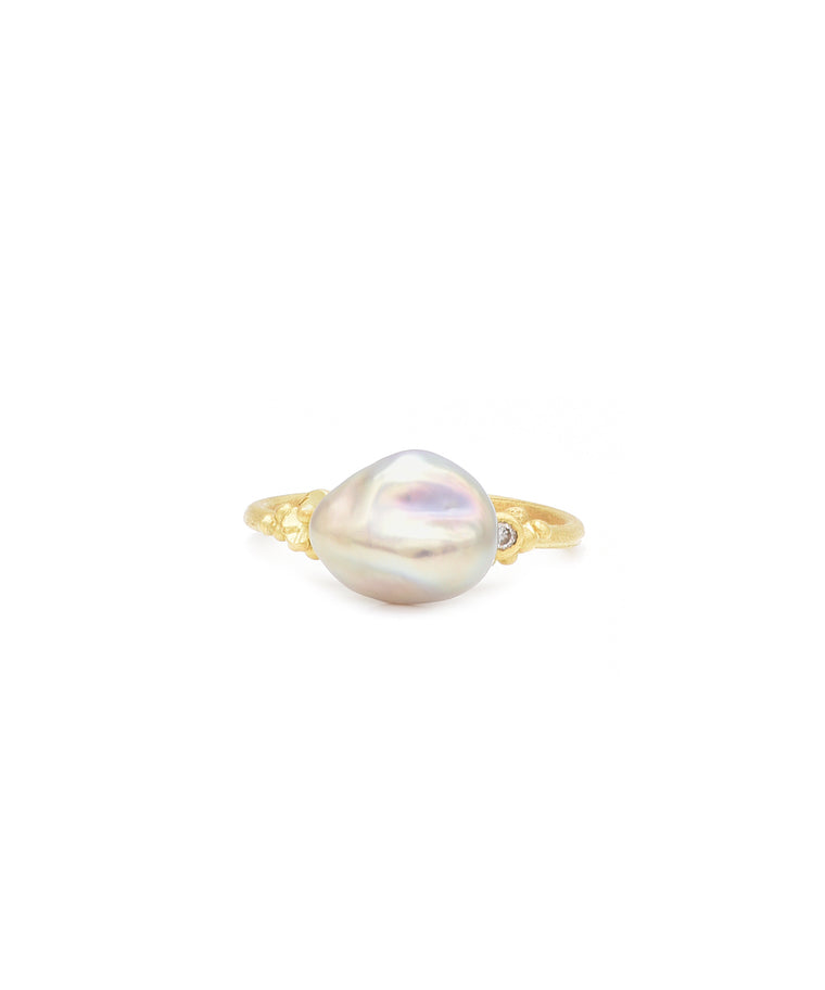 Ring with Freshwater Keshi Pearl