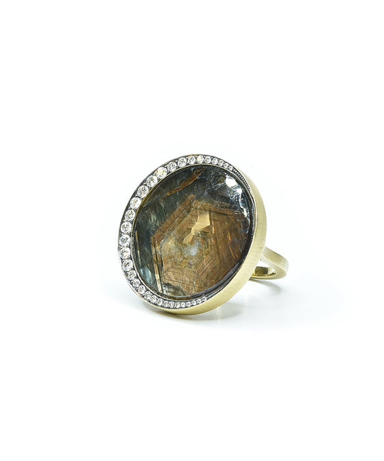 Eclipse ring with brown sapphire