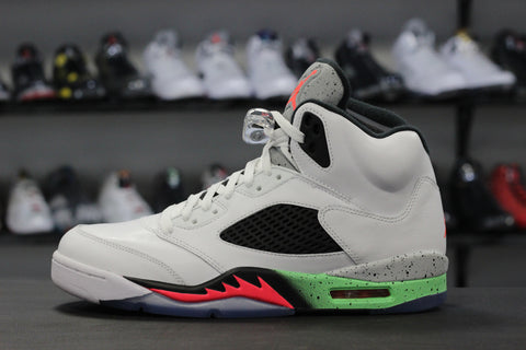d4557b17d96b Air Jordan 5 Space Jam – The Restock