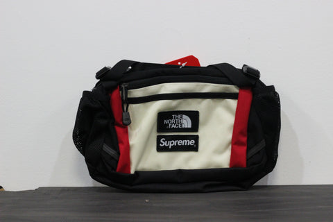 Supreme x The North Face Expedition Waist Bag White