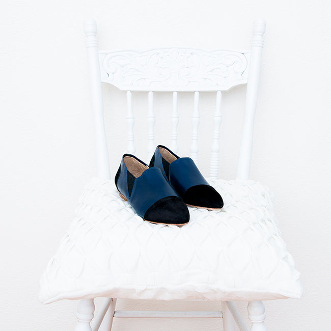 The Midnight Collection: The Bow Flat - navy leather pointed toe ballet flat with bow - Narrow to Wide - Poppy Barley