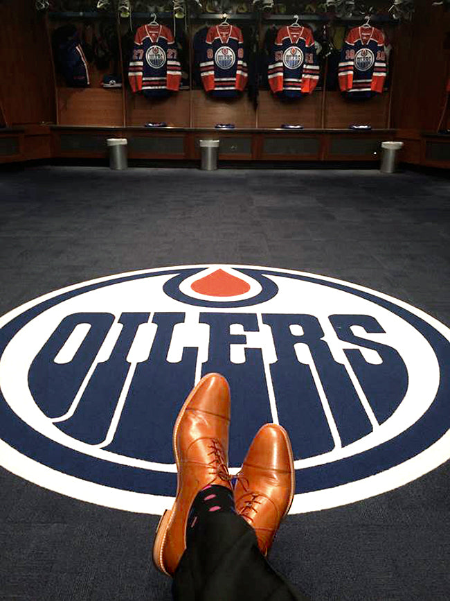 Fit Series: Oilers Video Coach Myles Fee shares his experience growing up with bigger-than-average feet - shoes for men with big feet