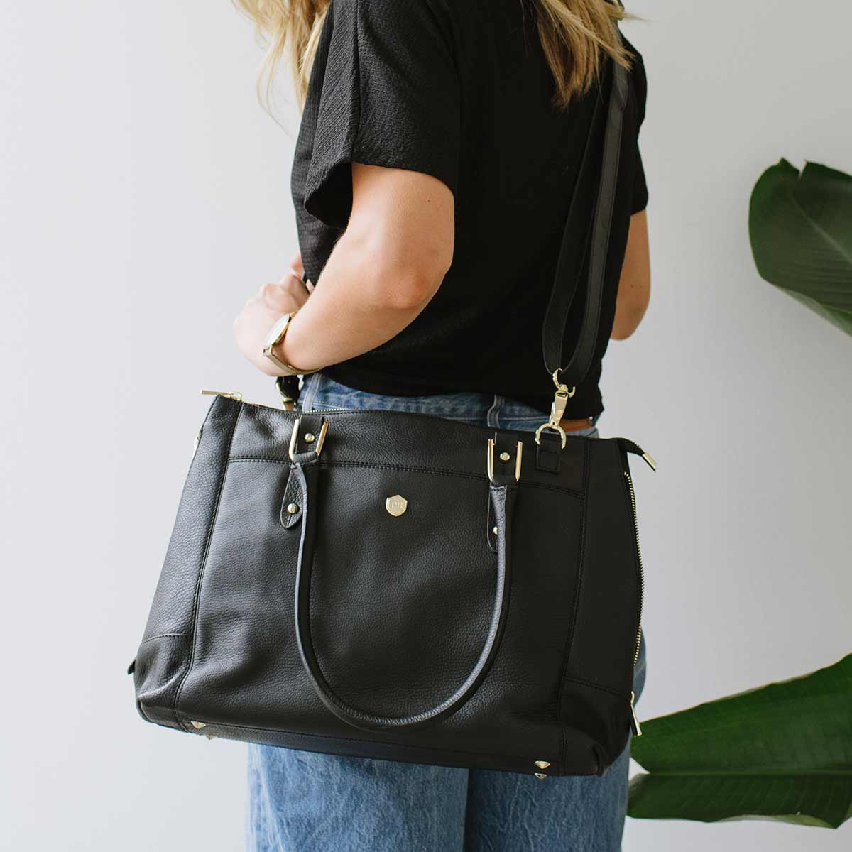 The Perfect Handbag - Poppy Barley