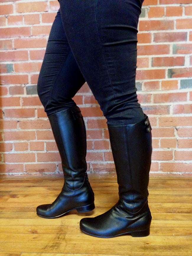 Monica Gault in Wide Calf Boots - The Off-Duty in Black