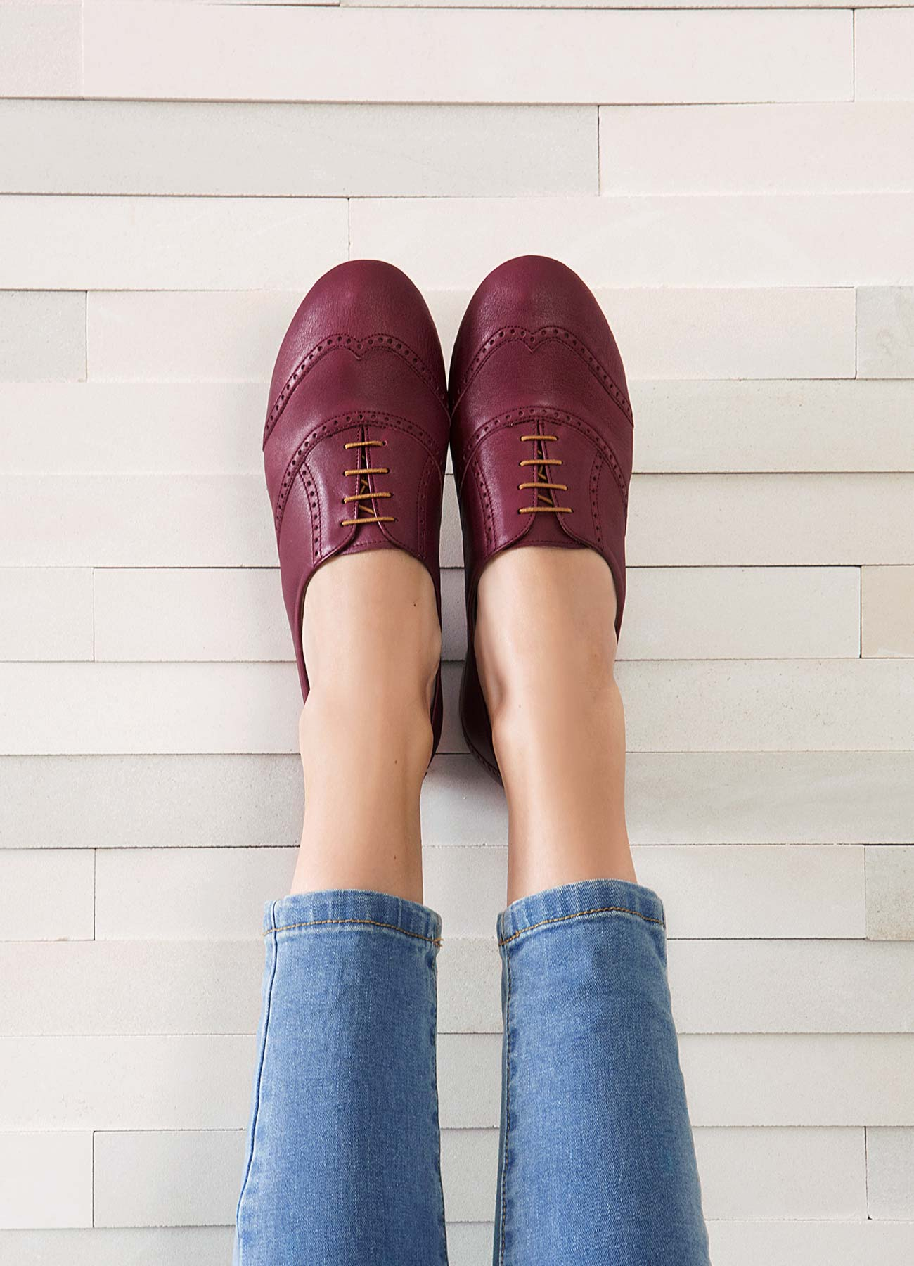The Soft Oxford in Burgundy - Poppy Barley