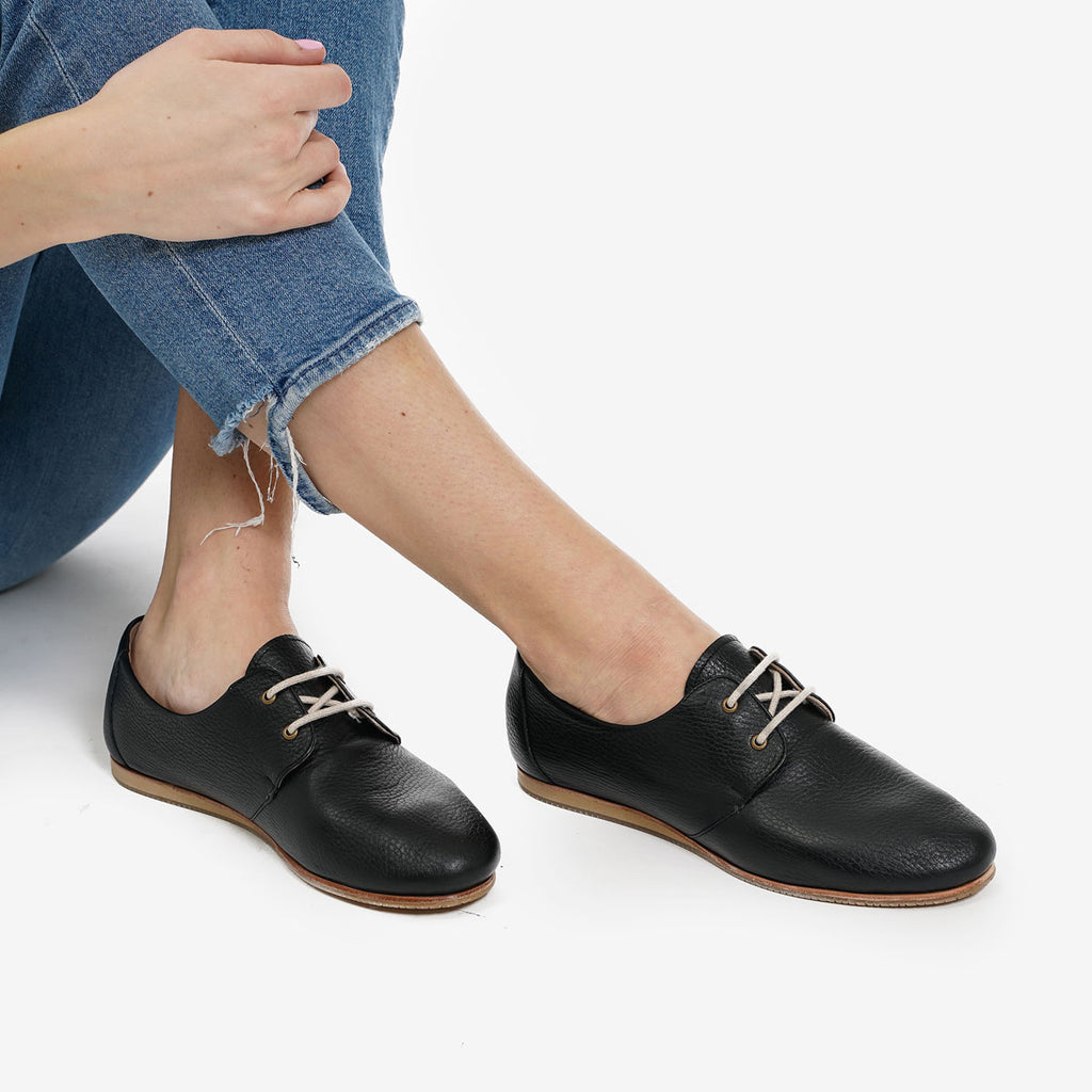 The Eyelet Oxford - black  pebble leather causal laced womens shoe - Poppy Barley
