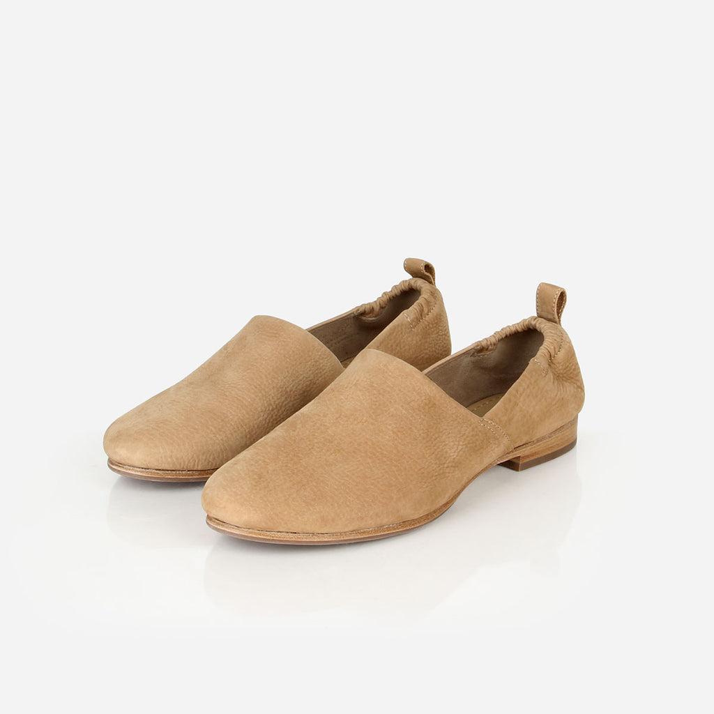 The At-Leisure Slip-On Sand Nubuck Ready To Wear