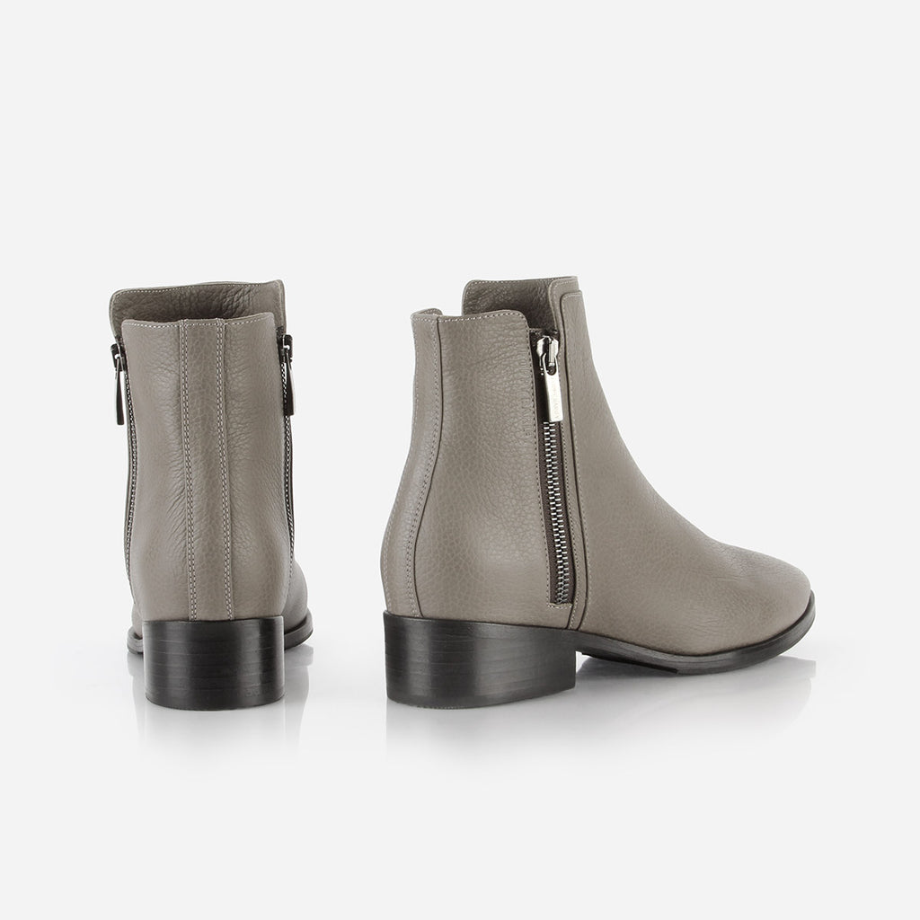 The Backstage Boot Smoke Grey Pebble Ready To Wear