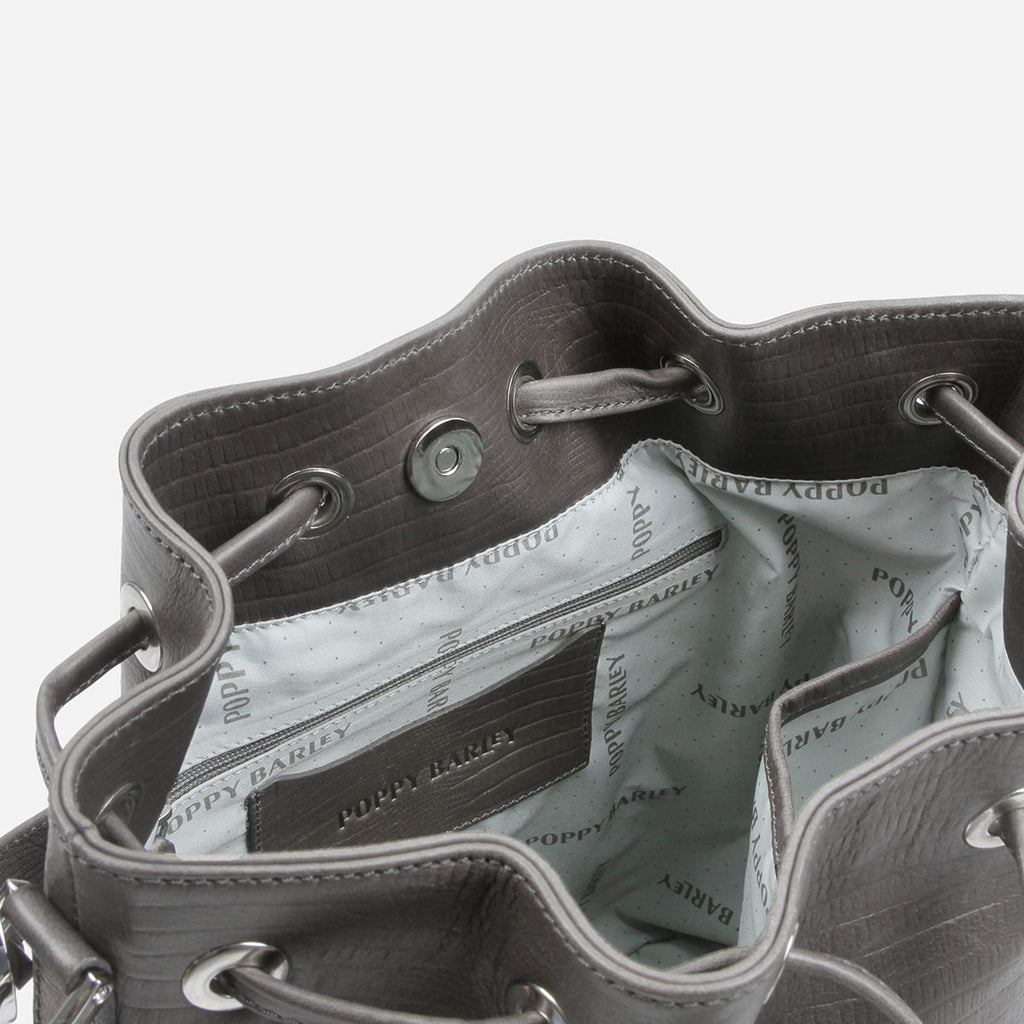 The Bucket Bag Smoke Grey Lizard
