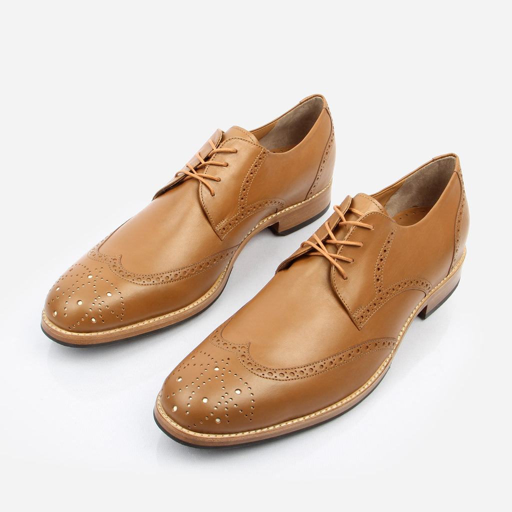 The Calgary Wingtip - Tan leather with brogue detailing mens derby shoe - Poppy Barley