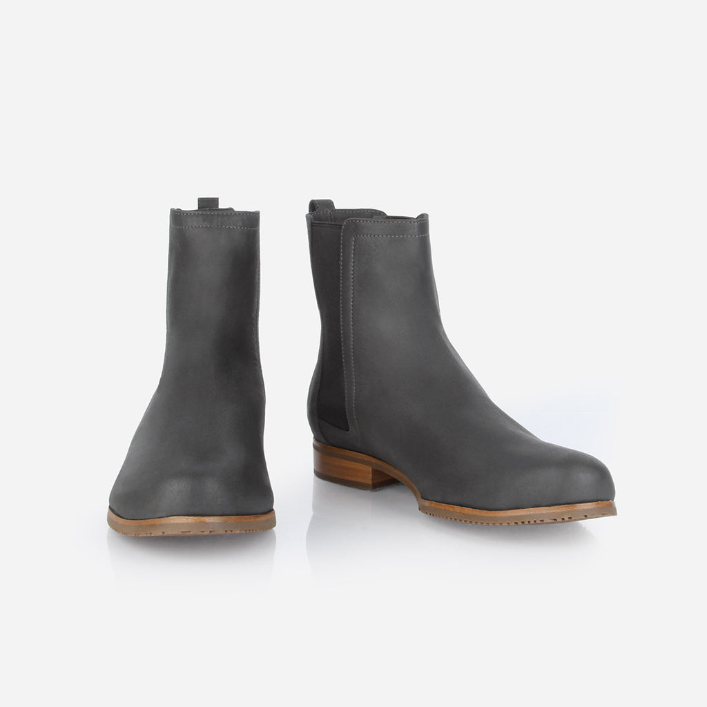 The Chelsea Boot Gotham Grey Nubuck Ready To Wear