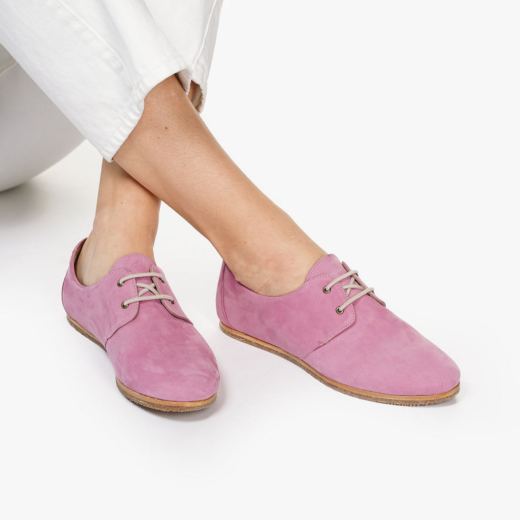 The Eyelet Oxford 2.0 Cassis Nubuck Ready To Wear