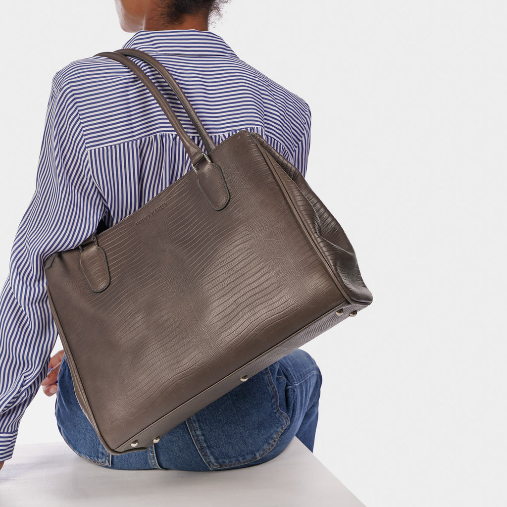 The Co-Worker Tote Smoke Grey Lizard