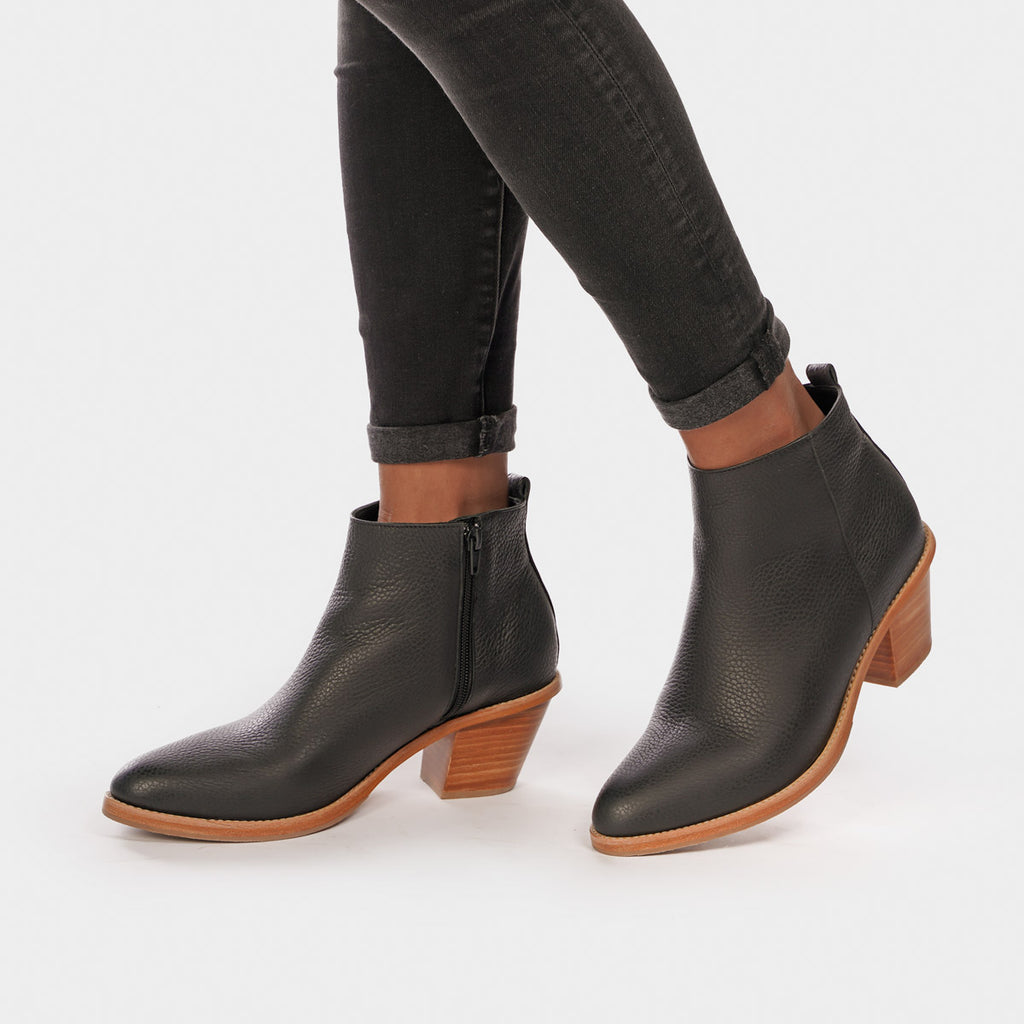 The Extra Mile Boot Black Pebble Ready To Wear