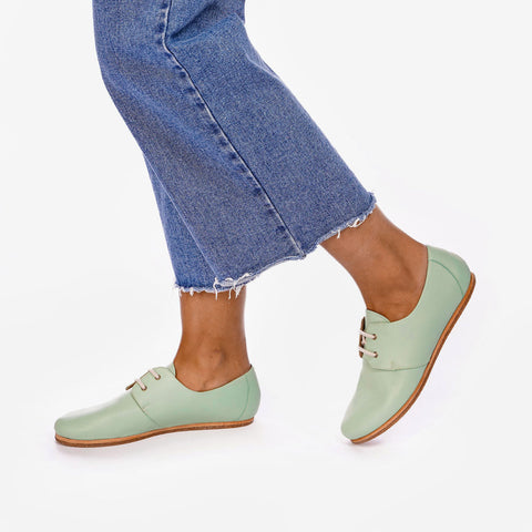 The Eyelet Oxford 2.0 Mint Ready To Wear